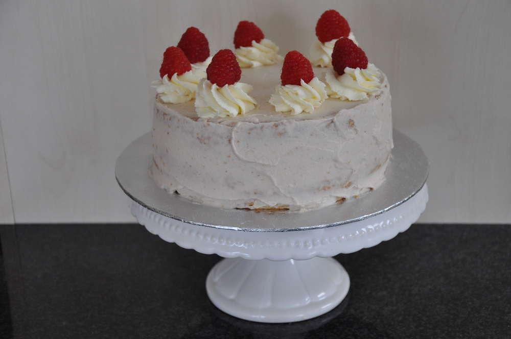 Mini Himbeer Mascarpone Crème Torte Aus Weizenmehl Anna Und Ihre